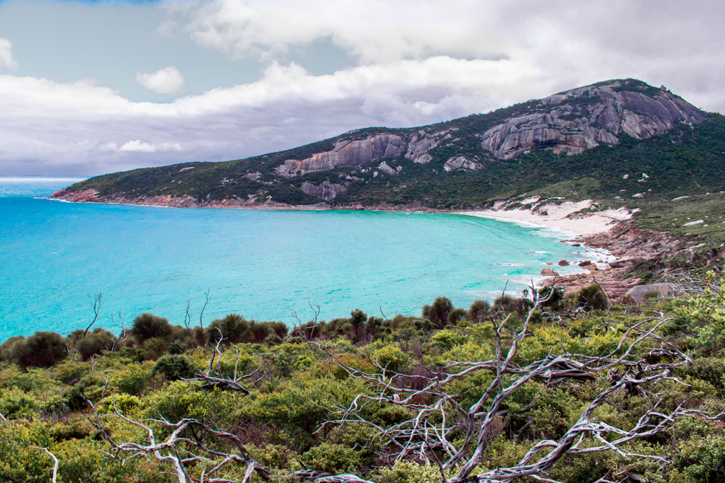 Turquoise blue water and mountains at Wilsons Promontory